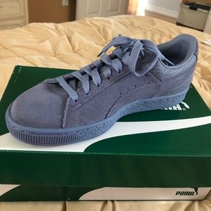 Purple Pumas (women's)